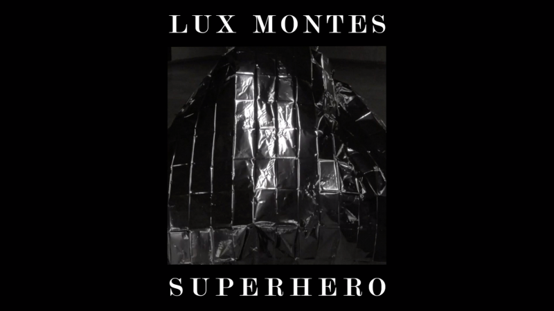 lux montes_superhero_screenshot